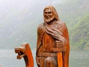 Rzeźby drewniane
