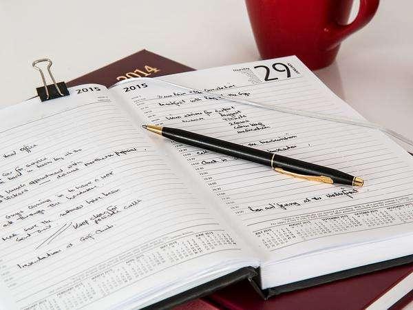 kalendarze książkowe na zamówienie