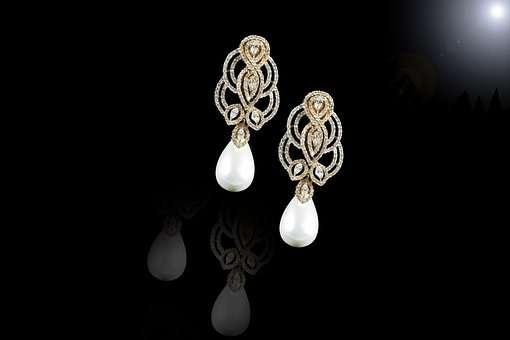 oryginalne kolczyki z perłami
